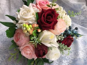 dusty rose flower bridesmaid bouquet